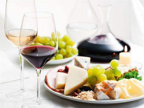 Queijos-vinhos frutas de Olomouc