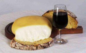 queijo serra da estrela vinho e pão-divulgação NCultura.PT