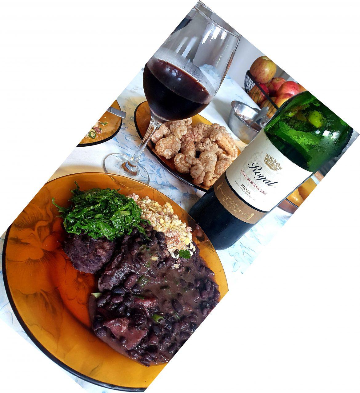 Feijoada e vinhos.